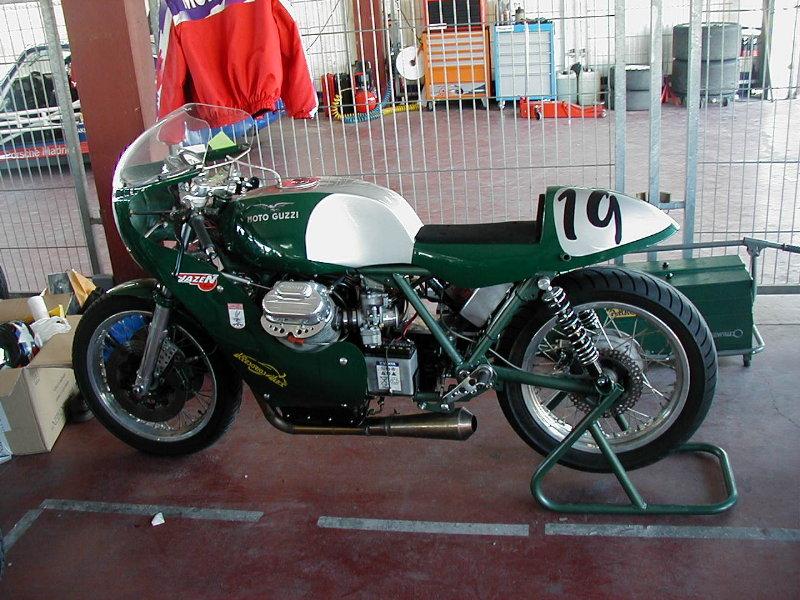 MOTOS PARA EL RECUERDO DE LOS ESPAÑOLES-http://classict.combios.es/motos/guzzi2.jpg